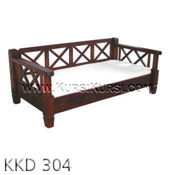 Bangku Kayu Silang KKD 304