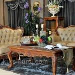 Furniture Mewah Set Sofa Finishing Emas
