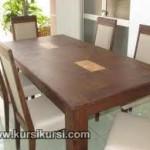 Set Kursi Makan Minimalis Dengan Motif Klasik Rustic