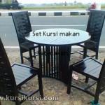 Set Kursi Makan Minimalis Model Anyaman