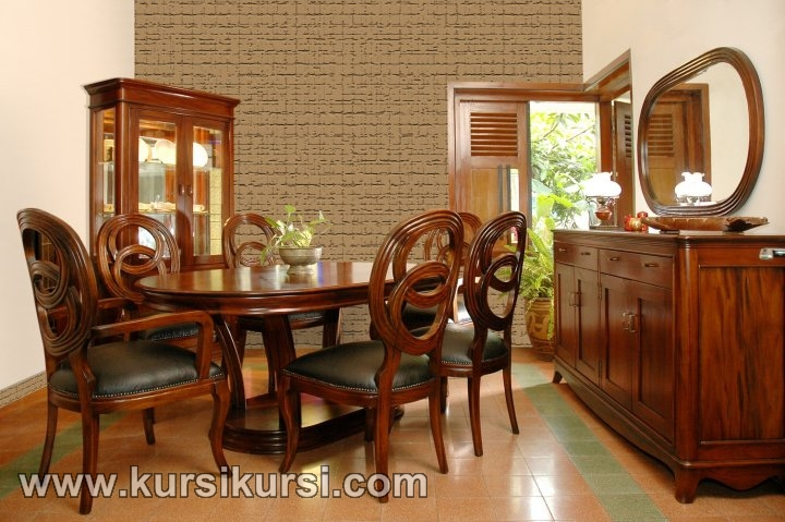 Set Kursi Makan Uir Jepara Mahogani Furniture