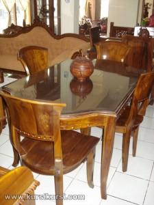 Set Kursi Meja Makan Kipas dan Kaca Set Kursi Meja Makan Kipas dan Kaca