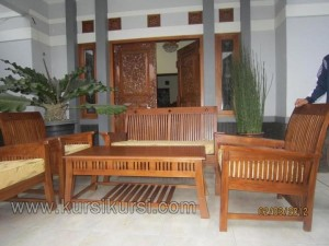Minimalis Furniture Set Kursi Tamu Leo Afrika