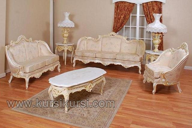 Set Sofa Duco Putih Model Ukir Elegant