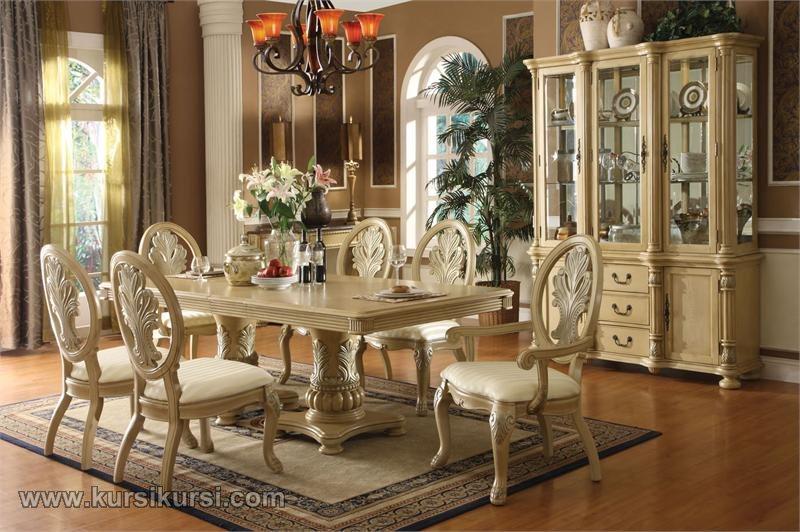 Kursi Makan Ukir Corona Duco Putih Klasik