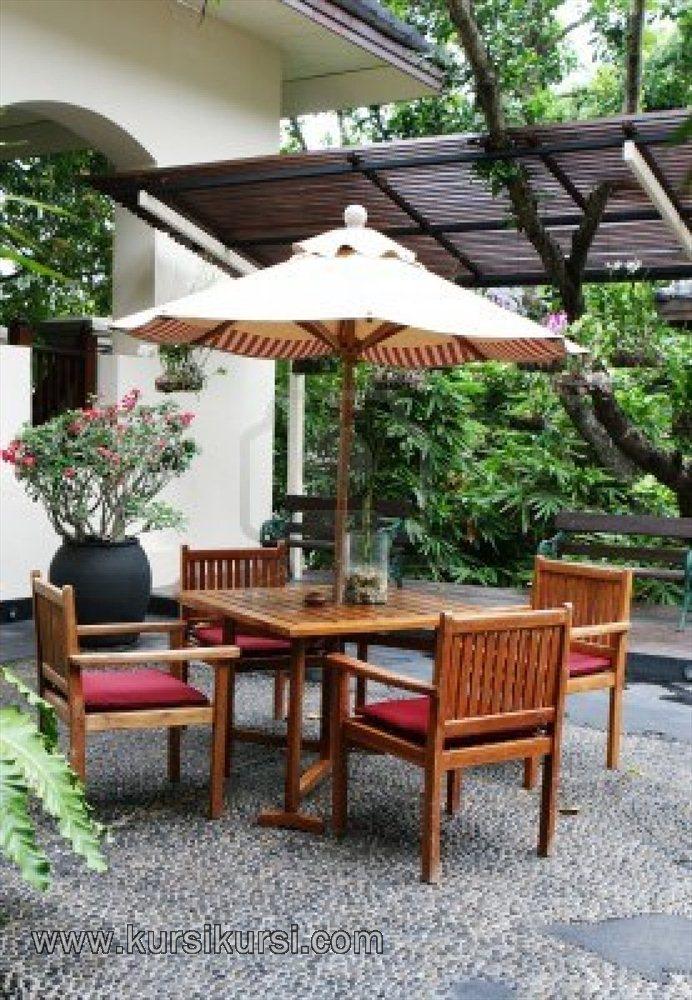 Wooden Table Furniture Set Kursi Taman