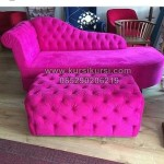 Vintage Furniture Sofa Merah Menyala KKG 100